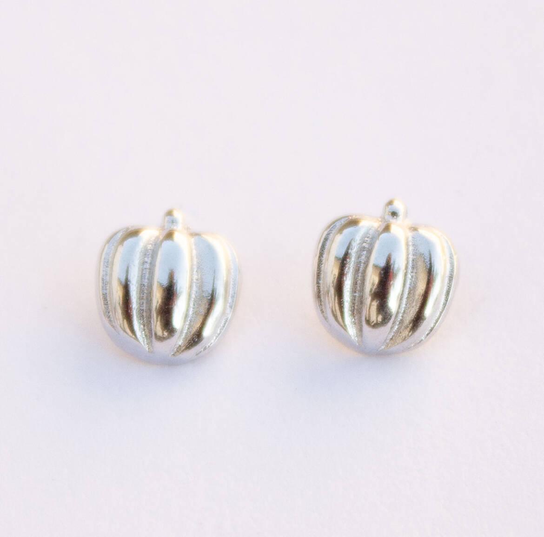 earrings1c.jpg