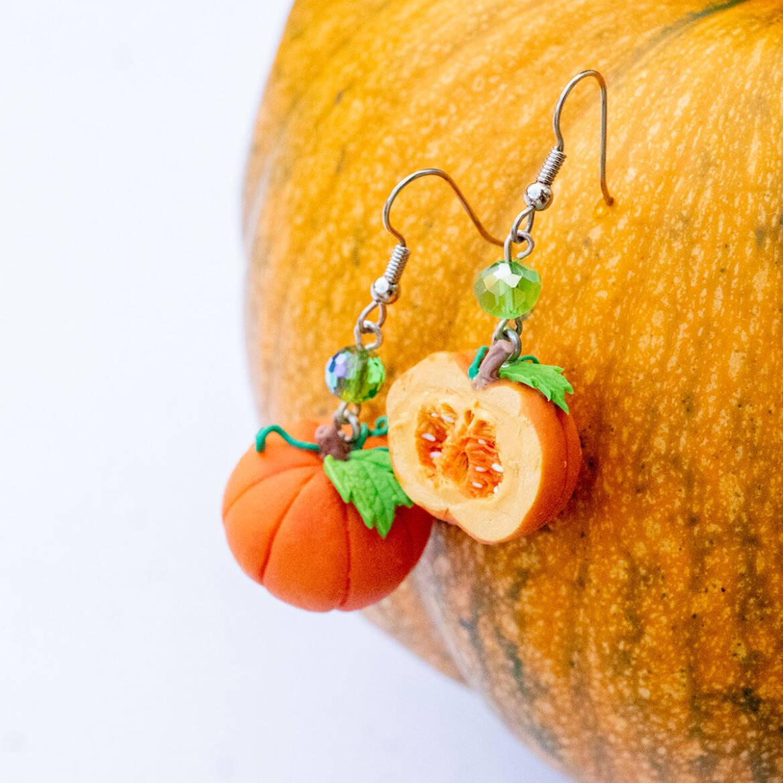 pumpkinfullnhalf1a.jpg